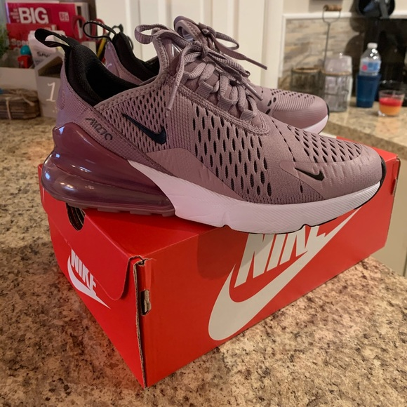 GS 4.5Y Nike Air Max 270 Elemental Rose Black White 943345 601 Size 4Y